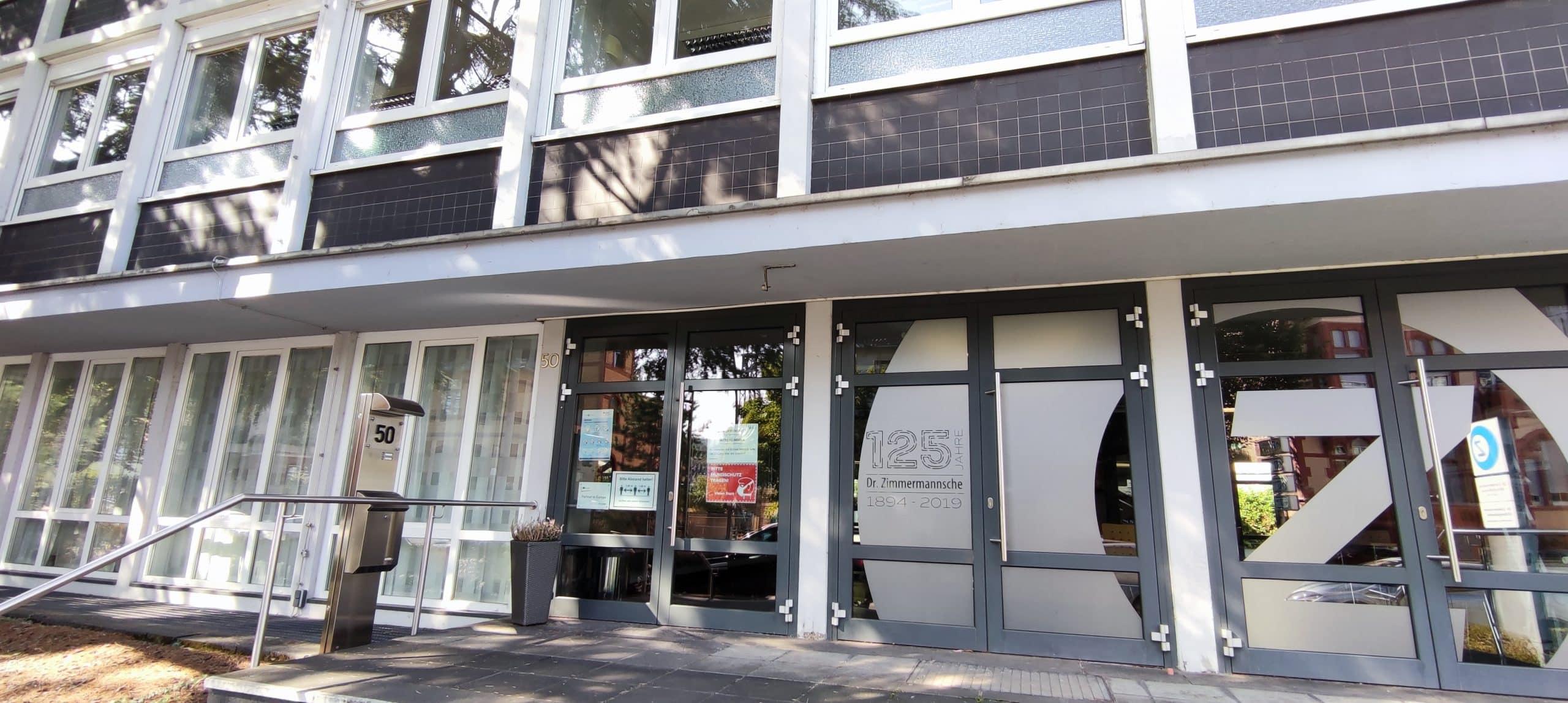 Dr. Zimmermannsche Wirtschaftsschule in Koblenz Haupteingang Mainzer Straße